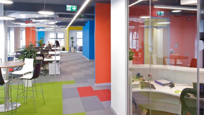 环保服装设计图_通信科技公司办公室装修设计效果图_岚禾办公室设计