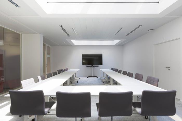 汽车租赁服务公司办公室会议室装修设计案例效果图