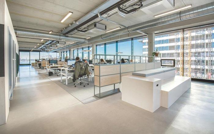 500平方广告公司办公室装修实景图