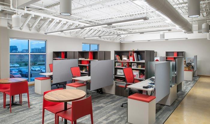 700平方办公室装修设计实景图