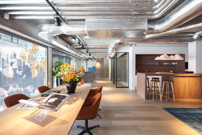 小型房地产开发商办公室装修设计案例