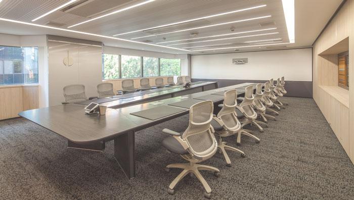 贷款金融公司办公室会议室装修设计案例效果图