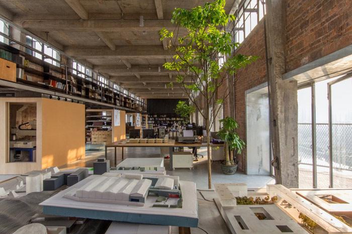 厂房LOFT风格办公室多功能区装修设计案例效果图
