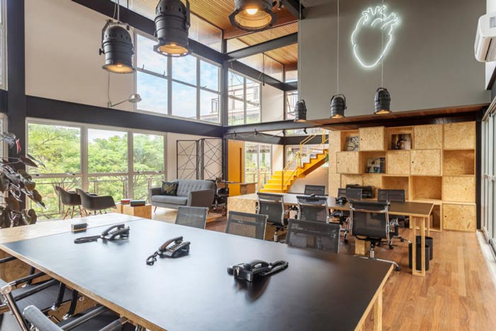 loft风格电影公司办公室装修设计案例效果图