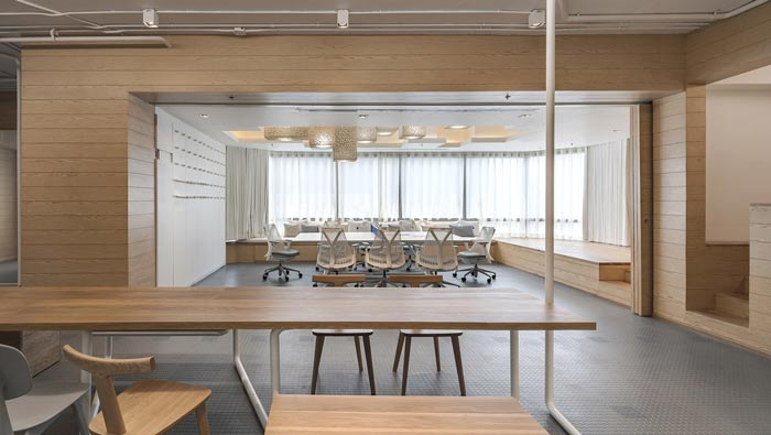 IT创业公司办公室会议室装修设计案例效果图