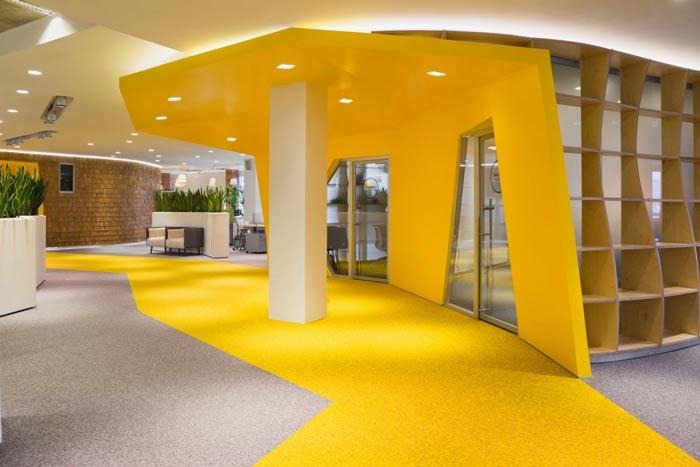 科技信息公司办公室过道装修设计案例效果图