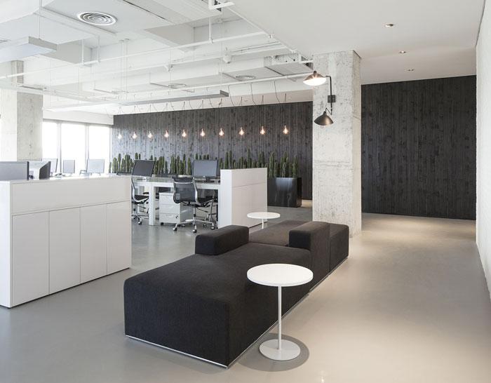 780平方办公室装修设计效果图