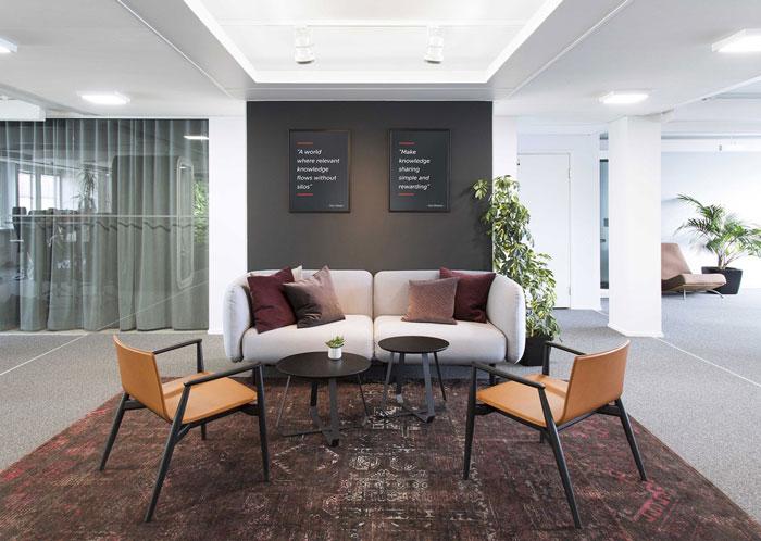 750平方办公室前厅接待区装修设计效果图