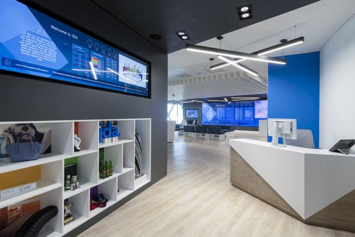 370平方办公室前台装修设计效果图