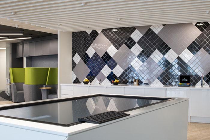 370平方办公室茶水间装修设计效果图