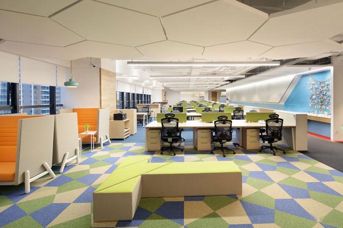 金融控股集团办公室办公区装修设计效果图