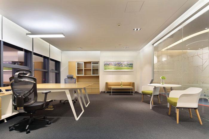 金融控股集团总经理办公室装修设计效果图