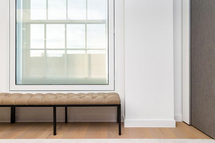 投資公司辦公室休息沙發裝修設計效果圖