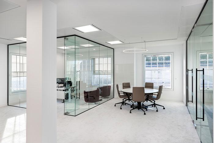 投資公司經理辦公室裝修設計效果圖