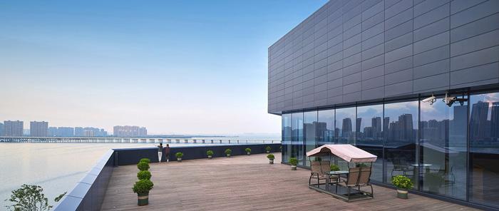 办公楼景观平台装修设计效果图
