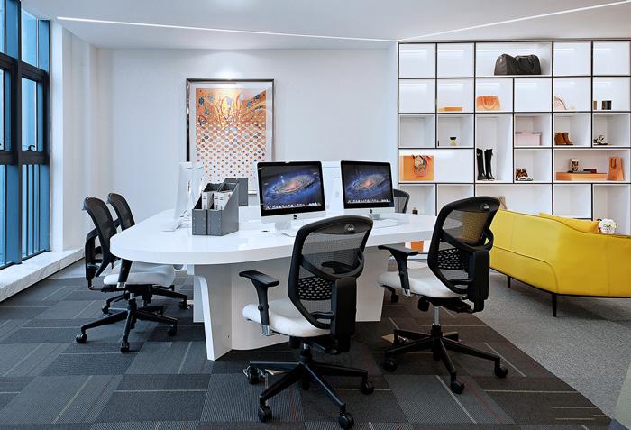奢侈品公司办公室装修设计效果图