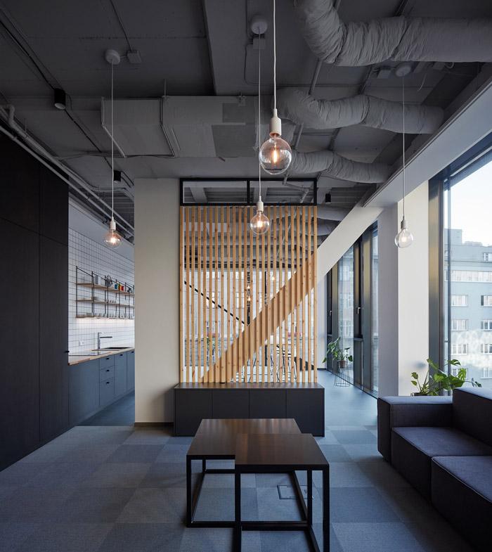 本次数字科技公司办公室设计方案讲解到此结束,设计师在办公室设计中,以整洁、简单为办公室设计关键词,目的就是希望为企业打造一个灵活、机动的办公室设计方案。
