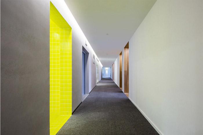 电子商务办公室走廊装修设计效果图