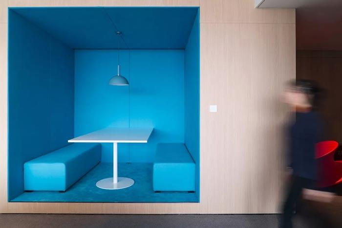 8000平方办公室洽谈区设计方案