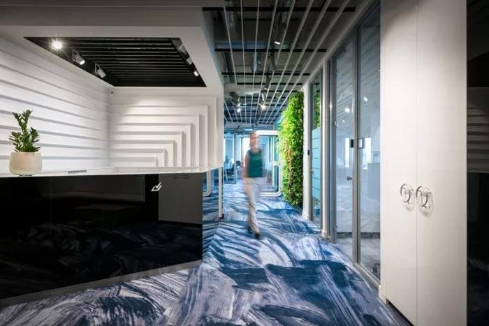2500平方办公室前台装修设计效果图
