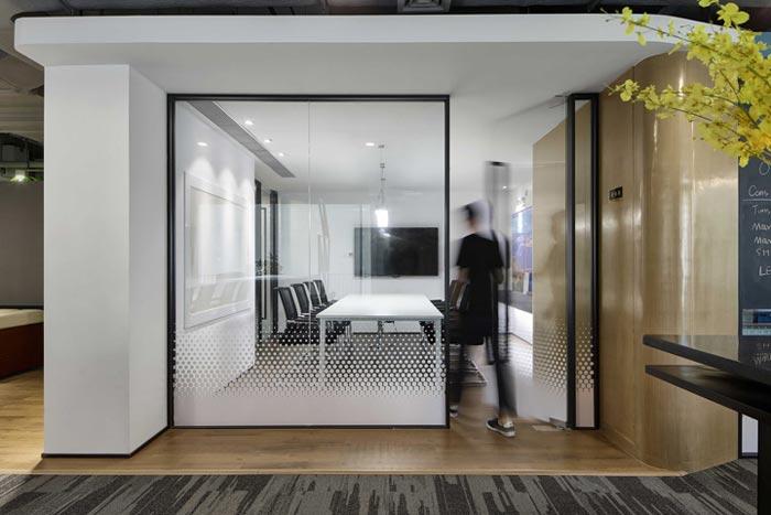 400平方办公室会议室设计方案