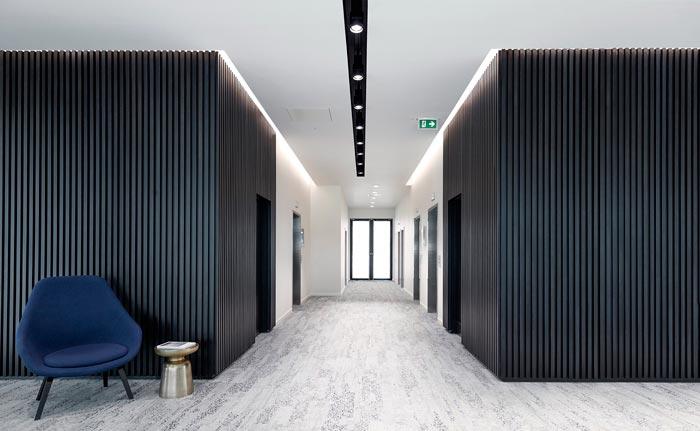 夹层楼办公室电梯间装修设计效果图