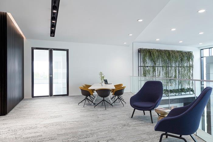 夹层楼办公室交流区装修设计效果图