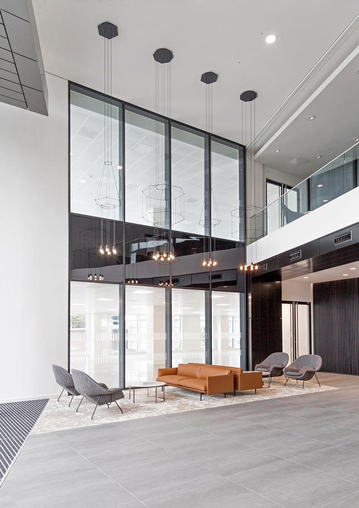 夹层楼办公室接待区装修设计效果图