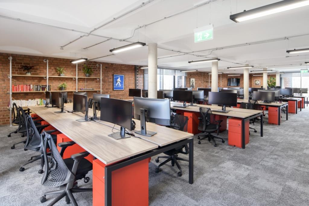 生物技术办公室装修案例【370平方米】